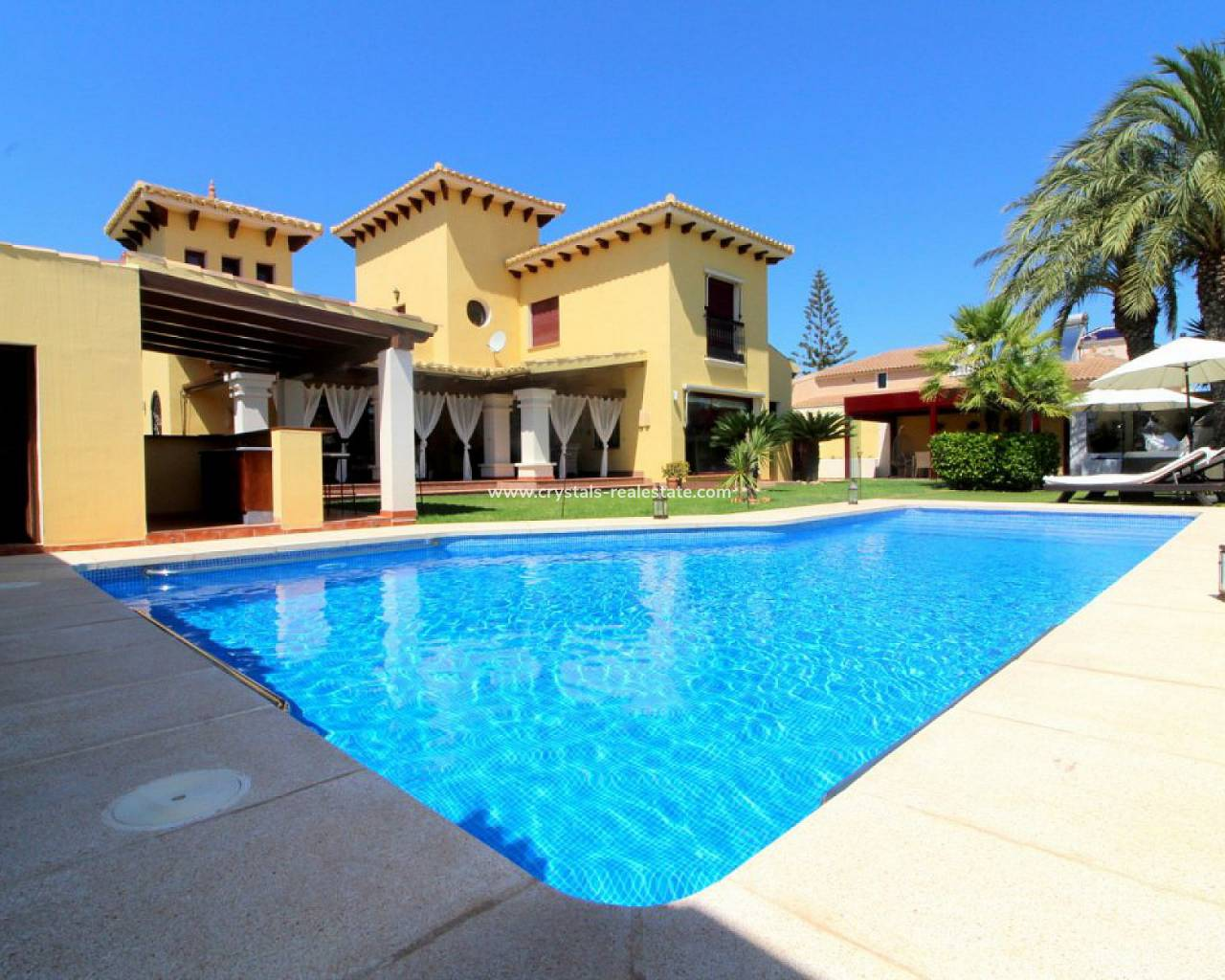 Detached Villa - Venta - Torrevieja - Torrevieja